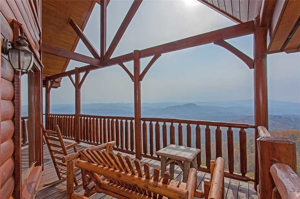Photo of a Pigeon Forge Cabin named Breathtaking View - This is the twenty-first photo in the set.