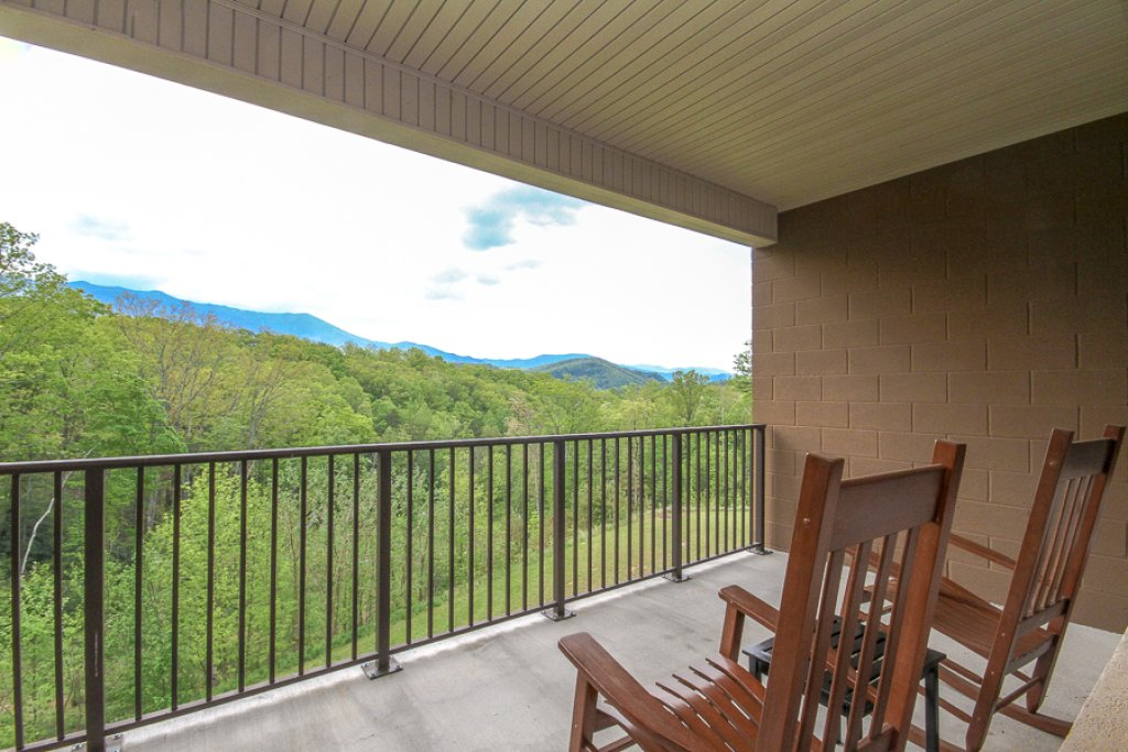 Photo of a Gatlinburg Condo named Glades View 152 - This is the fifteenth photo in the set.