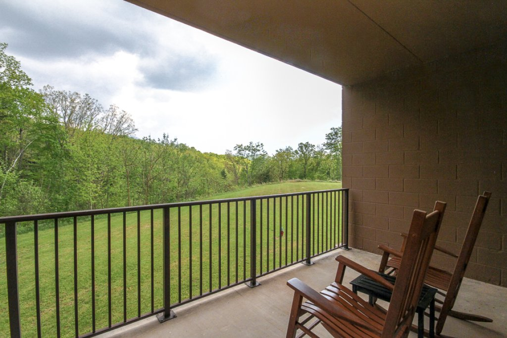 Photo of a Gatlinburg Condo named Glades View 122 - This is the eighteenth photo in the set.