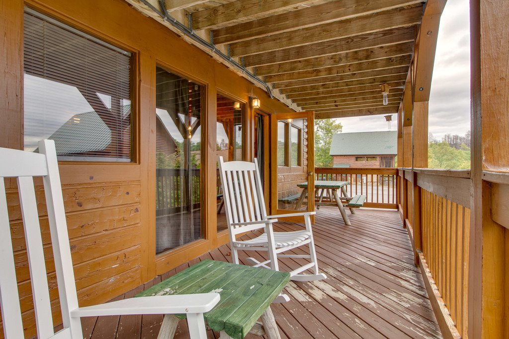 Photo of a Pigeon Forge Cabin named Mountain Dream At Starr Crest - This is the twenty-fourth photo in the set.