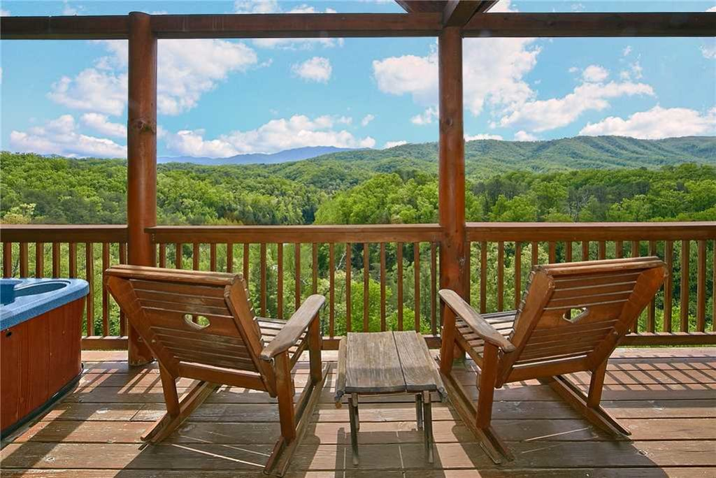 Photo of a Pigeon Forge Cabin named Lance's Loft - This is the eleventh photo in the set.