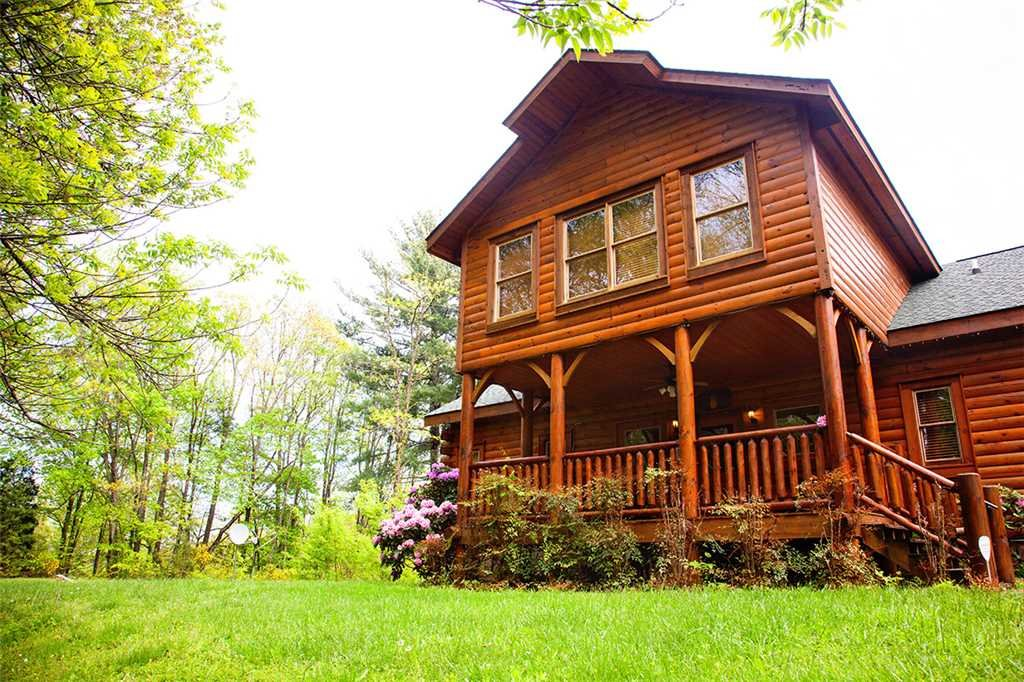 Photo of a Gatlinburg Cabin named Bear Family - This is the twenty-sixth photo in the set.