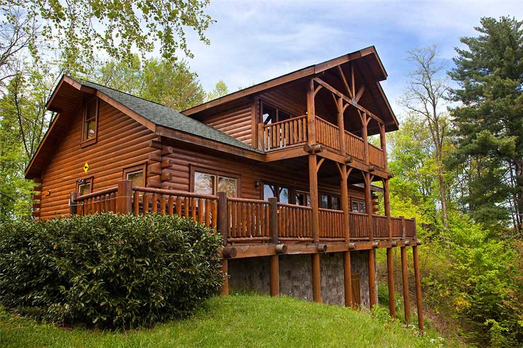 Photo of a Gatlinburg Cabin named Bear Family - This is the twenty-fifth photo in the set.