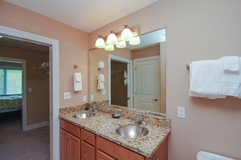 Photo of a Gatlinburg Condo named Glades View 122 - This is the twelfth photo in the set.