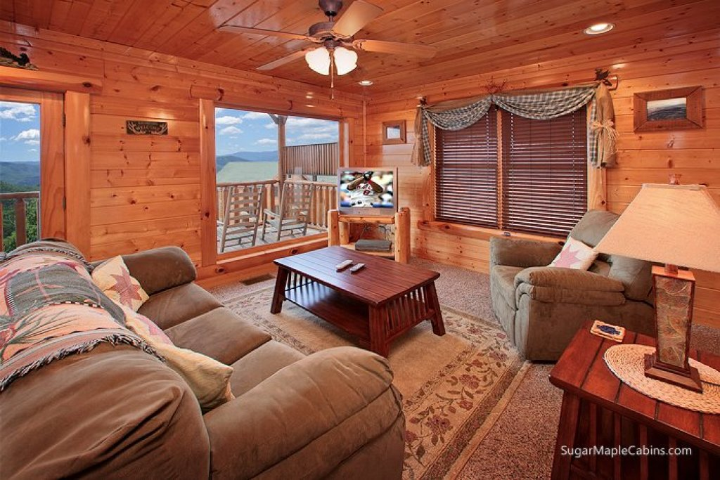 Photo of a Pigeon Forge Cabin named Big Sky - This is the ninth photo in the set.