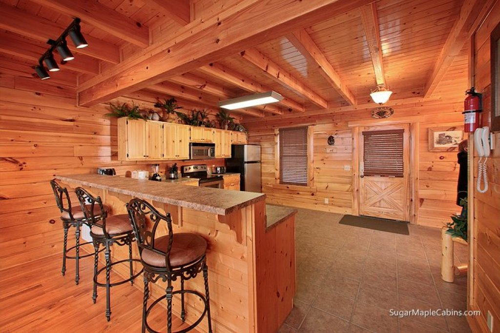 Photo of a Pigeon Forge Cabin named Big Sky - This is the sixth photo in the set.