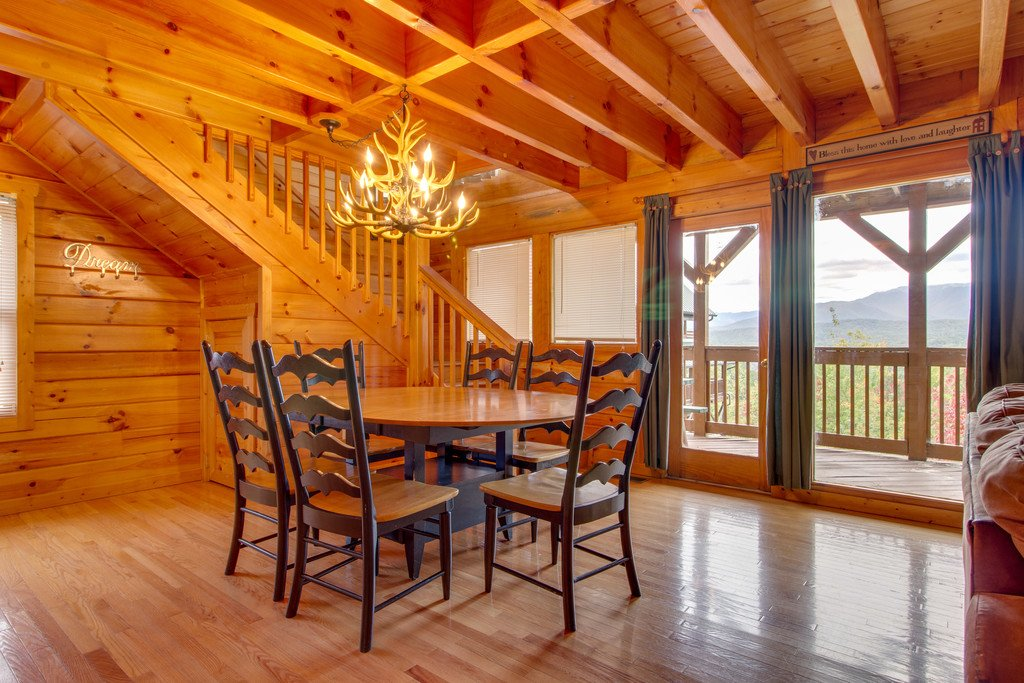 Photo of a Pigeon Forge Cabin named Mountain Dream At Starr Crest - This is the fifth photo in the set.