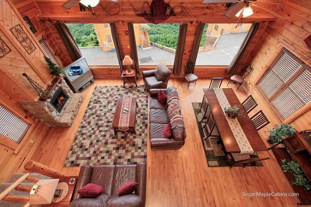 Photo of a Pigeon Forge Cabin named Big Sky - This is the third photo in the set.