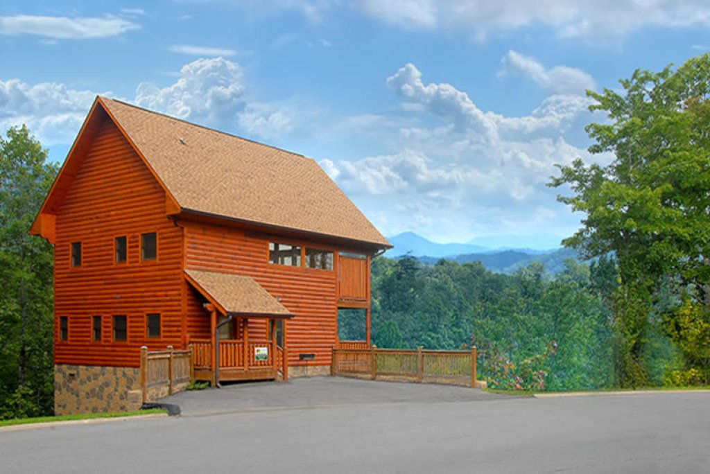 Photo of a Pigeon Forge Cabin named Always And Forever - This is the thirty-seventh photo in the set.