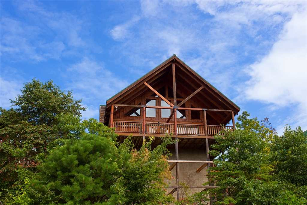 Photo of a Pigeon Forge Cabin named A Lover's Lookout - This is the twenty-first photo in the set.