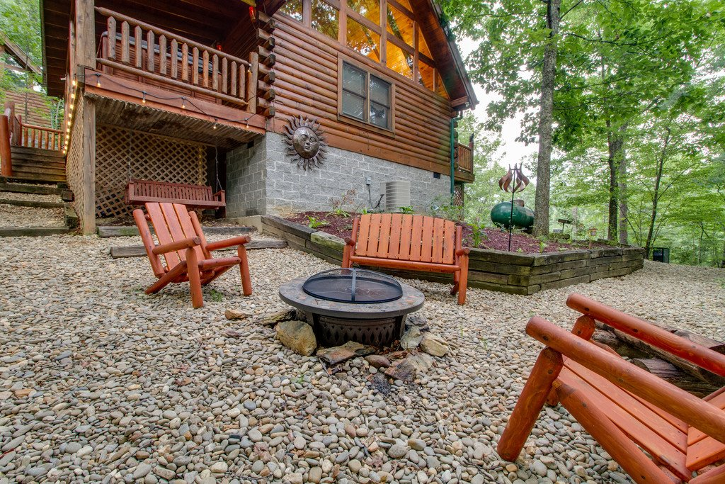 Photo of a Gatlinburg Cabin named Woodland Rose - This is the twenty-second photo in the set.