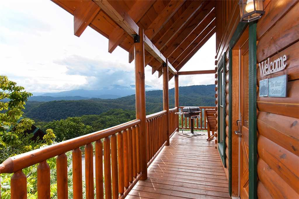 Photo of a Pigeon Forge Cabin named A Lover's Lookout - This is the twentieth photo in the set.