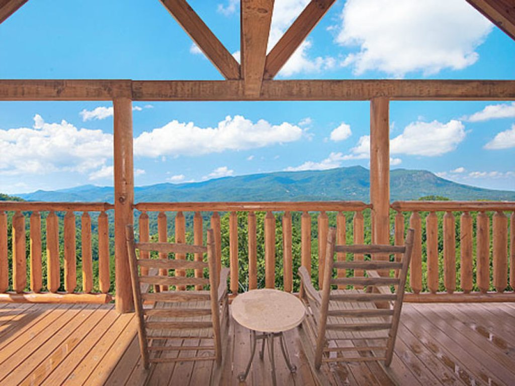 Photo of a Pigeon Forge Cabin named Mountain Majesty At Black Bear Ridge - This is the ninth photo in the set.