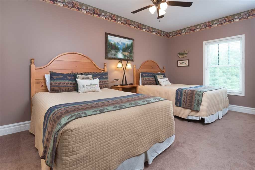 Photo of a Gatlinburg Condo named Baskins Creek 410 - This is the ninth photo in the set.