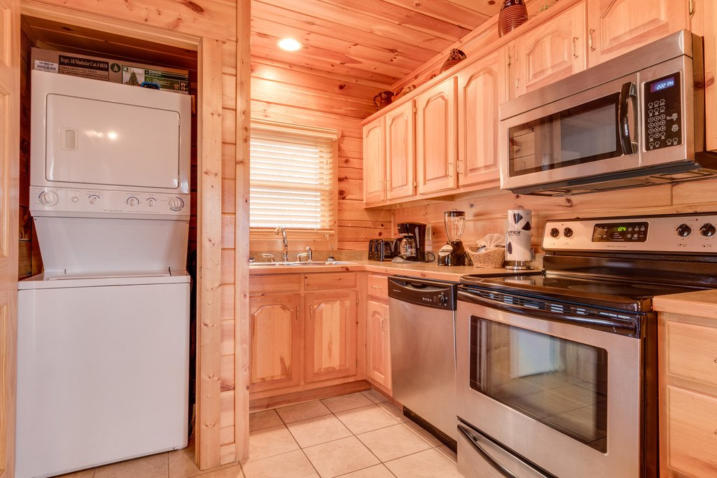 Photo of a Pigeon Forge Cabin named Always And Forever - This is the sixteenth photo in the set.