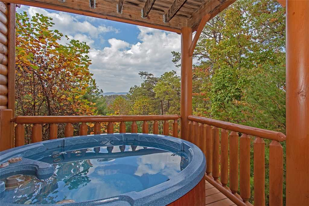 Photo of a Pigeon Forge Cabin named Black Bear Manor - This is the forty-second photo in the set.