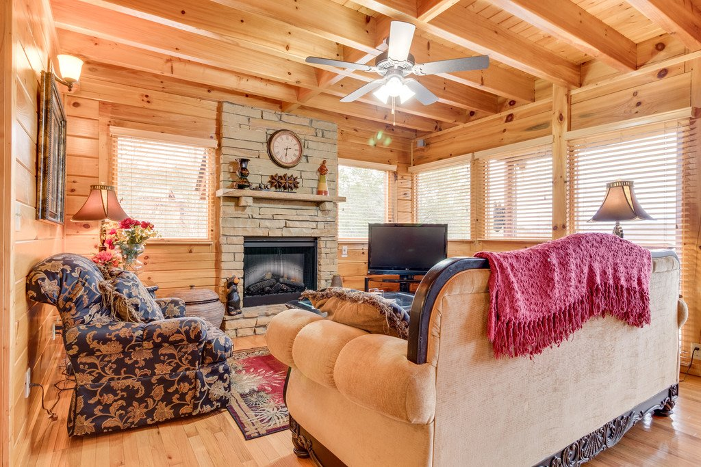 Photo of a Pigeon Forge Cabin named Always And Forever - This is the second photo in the set.
