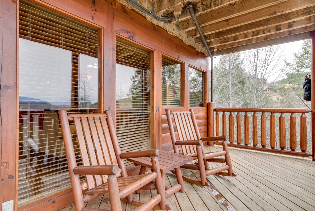 Photo of a Pigeon Forge Cabin named Always And Forever - This is the seventh photo in the set.