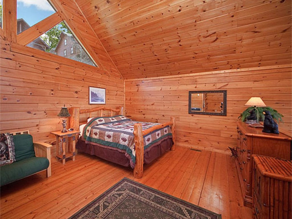 Photo of a Pigeon Forge Cabin named Mountain Majesty At Black Bear Ridge - This is the seventh photo in the set.