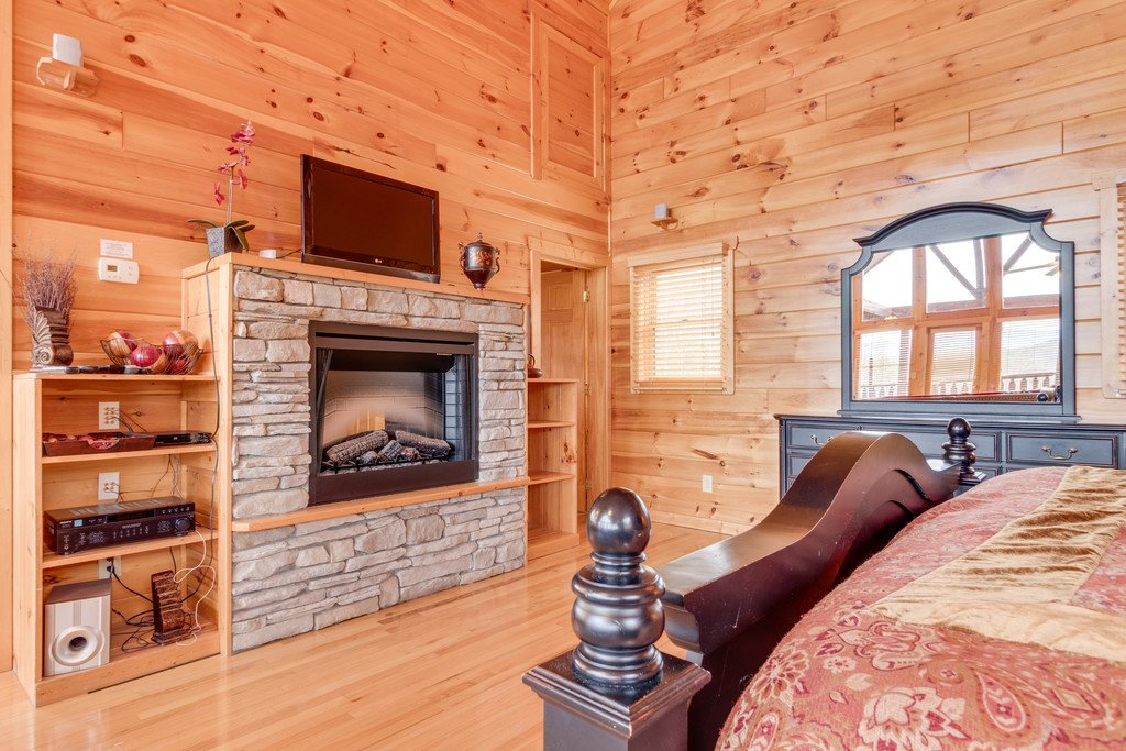 Photo of a Pigeon Forge Cabin named Always And Forever - This is the twenty-seventh photo in the set.