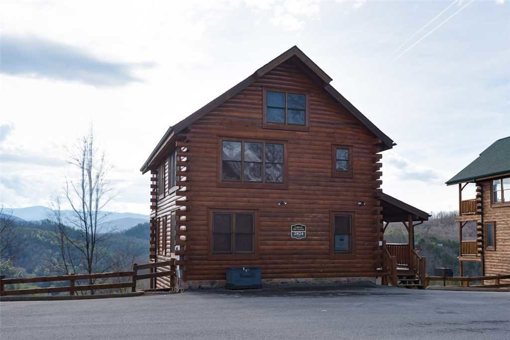 Photo of a Pigeon Forge Cabin named Cabin In The Clouds - This is the twentieth photo in the set.