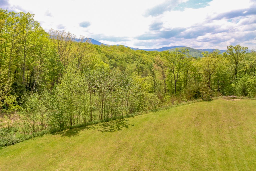 Photo of a Gatlinburg Condo named Glades View 142 - This is the seventeenth photo in the set.