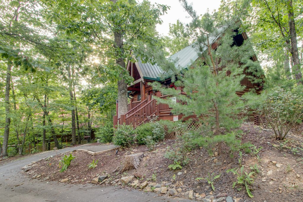 Photo of a Gatlinburg Cabin named Woodland Rose - This is the twenty-fifth photo in the set.