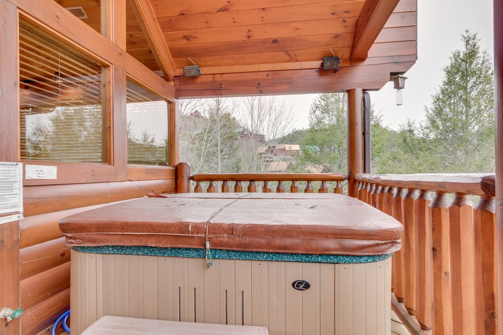 Photo of a Pigeon Forge Cabin named Always And Forever - This is the thirty-third photo in the set.