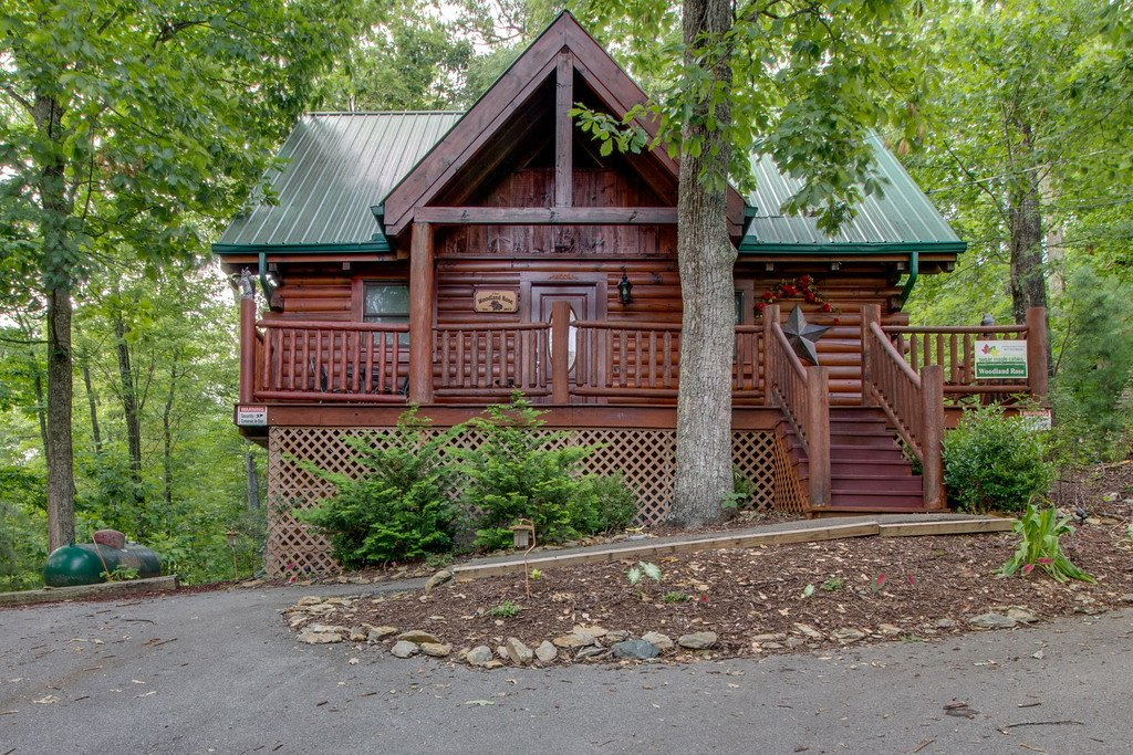 Photo of a Gatlinburg Cabin named Woodland Rose - This is the twenty-sixth photo in the set.