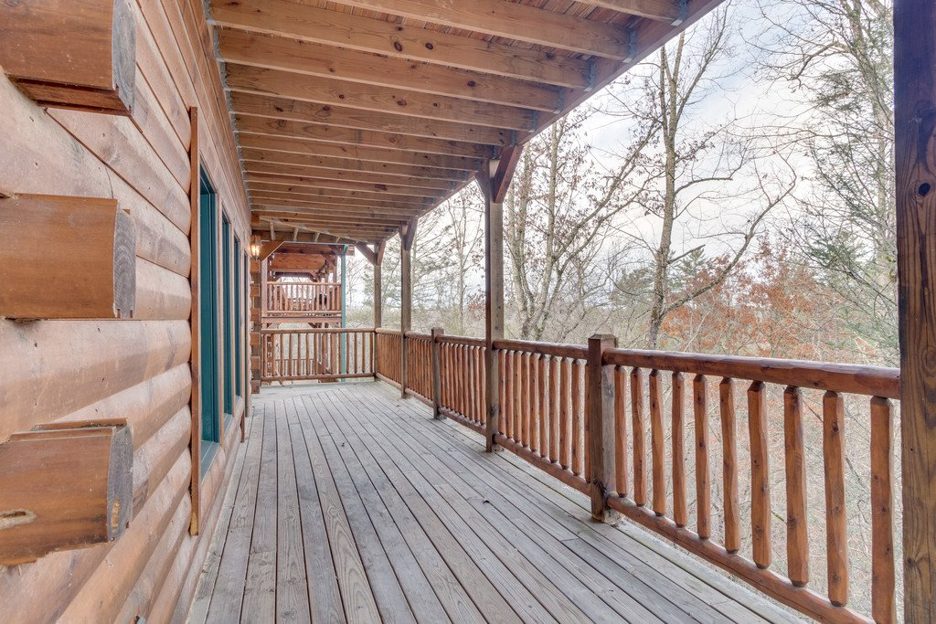 Photo of a Gatlinburg Cabin named Star Gazer At Hemlock Hills - This is the thirty-sixth photo in the set.