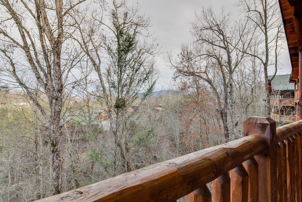 Photo of a Gatlinburg Cabin named Star Gazer At Hemlock Hills - This is the ninth photo in the set.