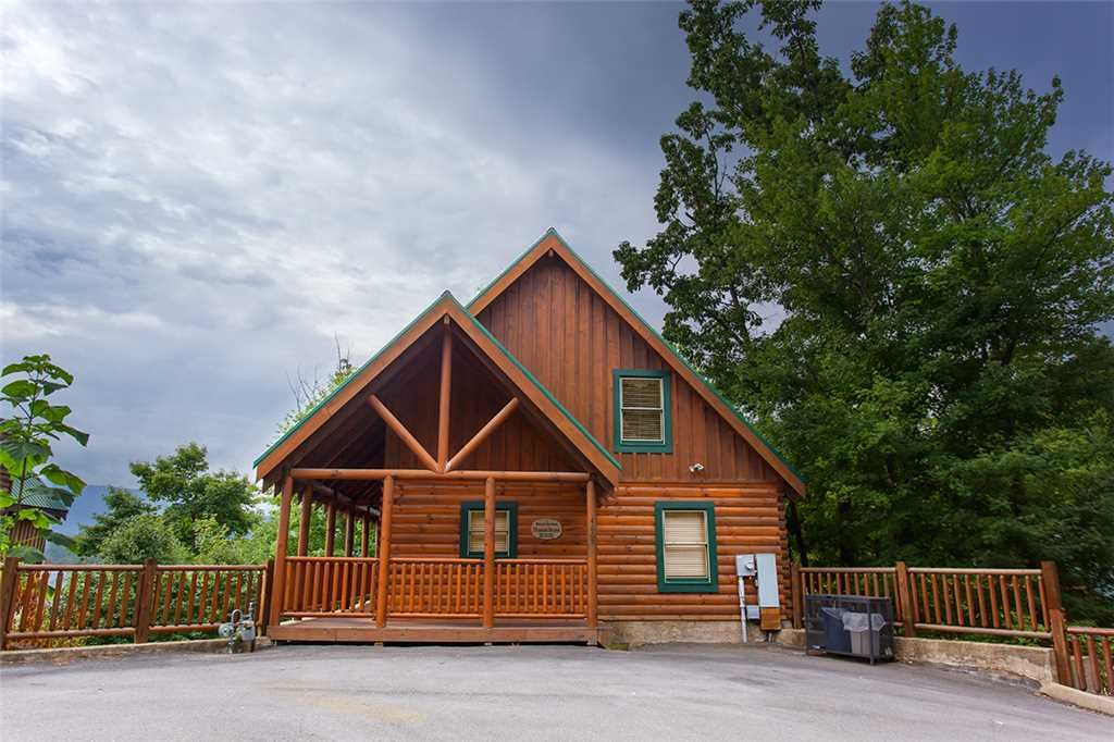 Photo of a Pigeon Forge Cabin named Mountain Dreams At Sherwood Forest - This is the eighteenth photo in the set.