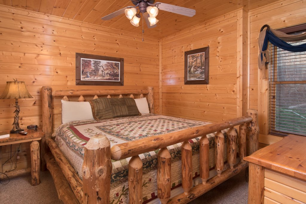 Photo of a Pigeon Forge Cabin named See The Stars Tonight - This is the sixteenth photo in the set.