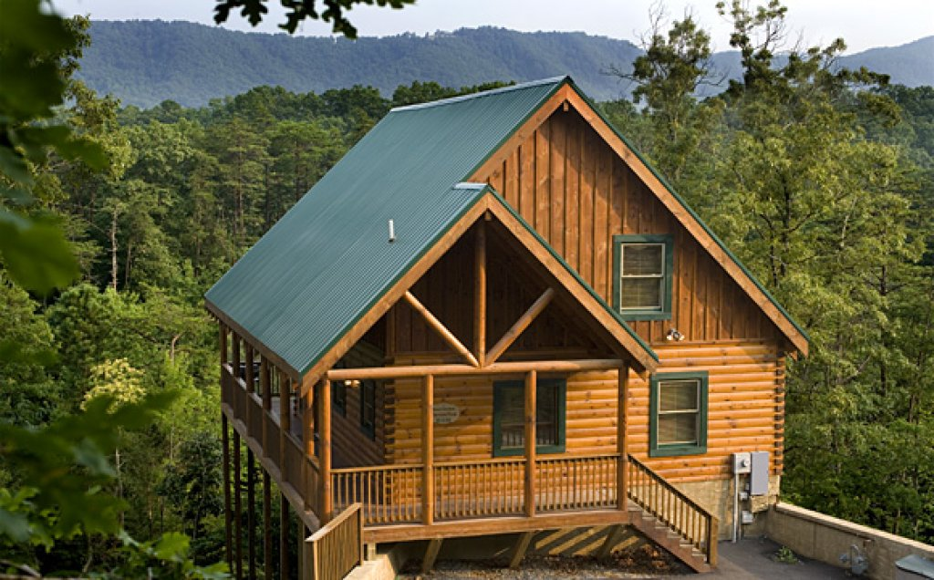 Photo of a Pigeon Forge Cabin named Raven's Nest At Sherwood Forest - This is the fourteenth photo in the set.