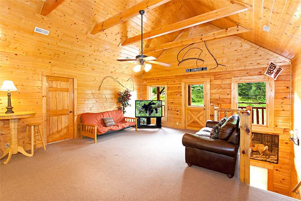 Photo of a Gatlinburg Cabin named Creekside Lodge - This is the eighth photo in the set.