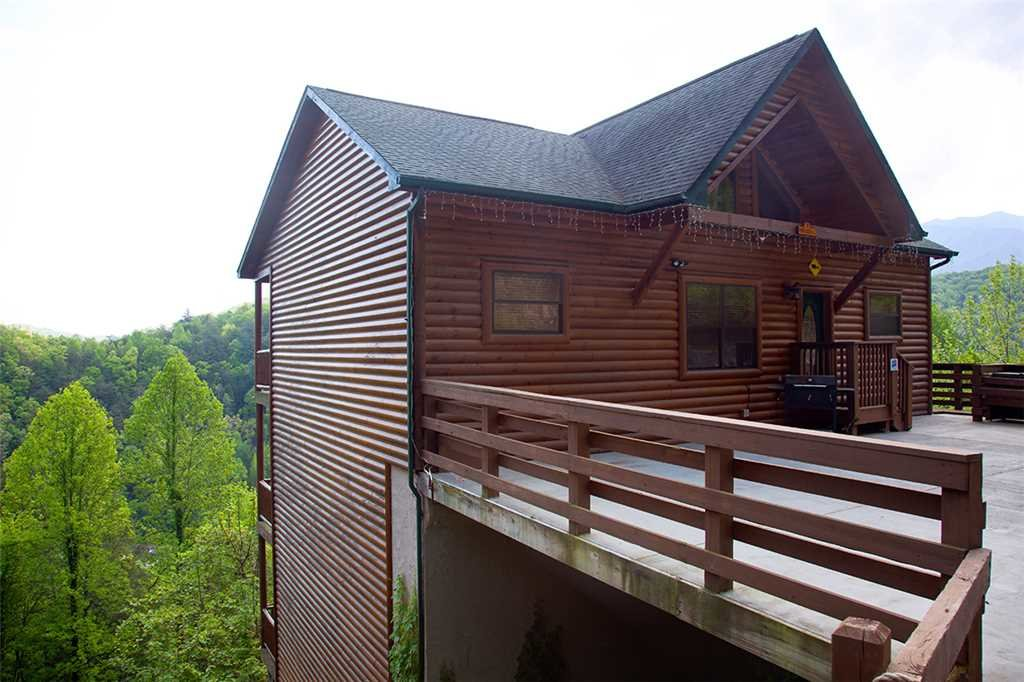 Photo of a Gatlinburg Cabin named Papa Bear - This is the thirty-sixth photo in the set.