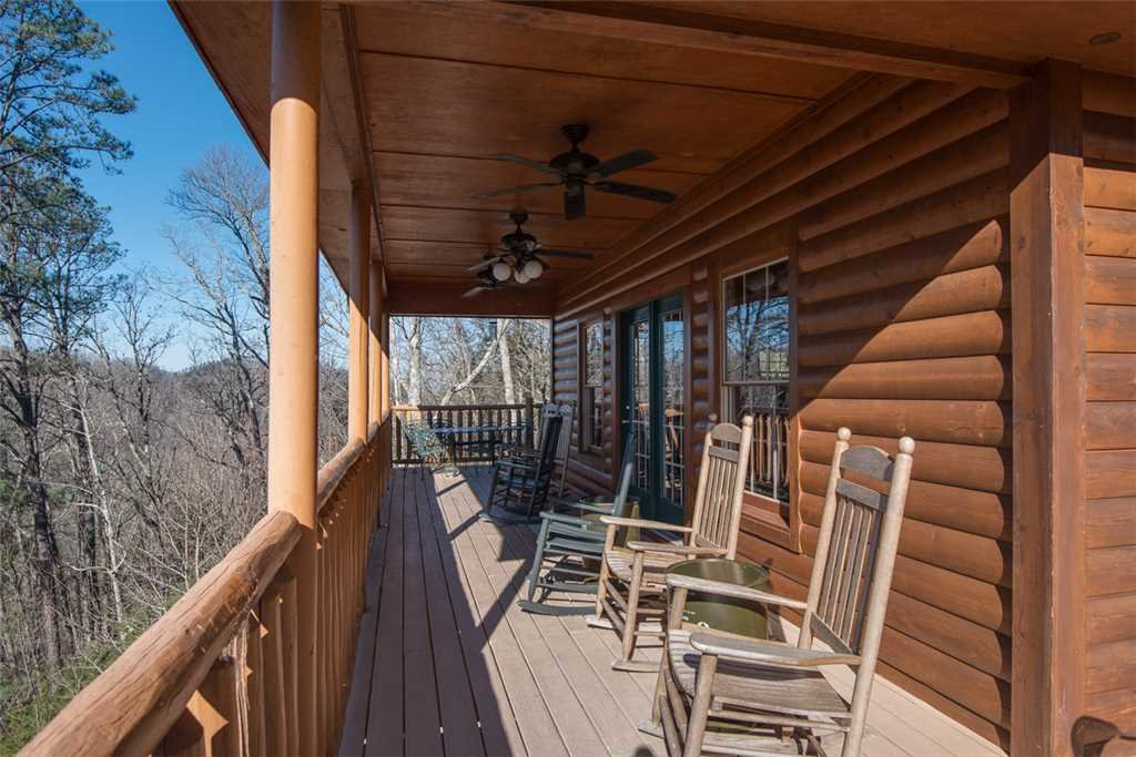 Photo of a Gatlinburg Cabin named Eagles Escape - This is the nineteenth photo in the set.