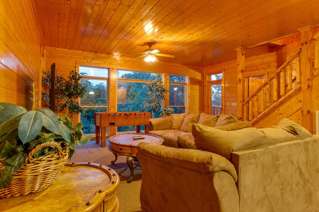 Photo of a Gatlinburg Cabin named Papa Bears Cabin - This is the fifteenth photo in the set.