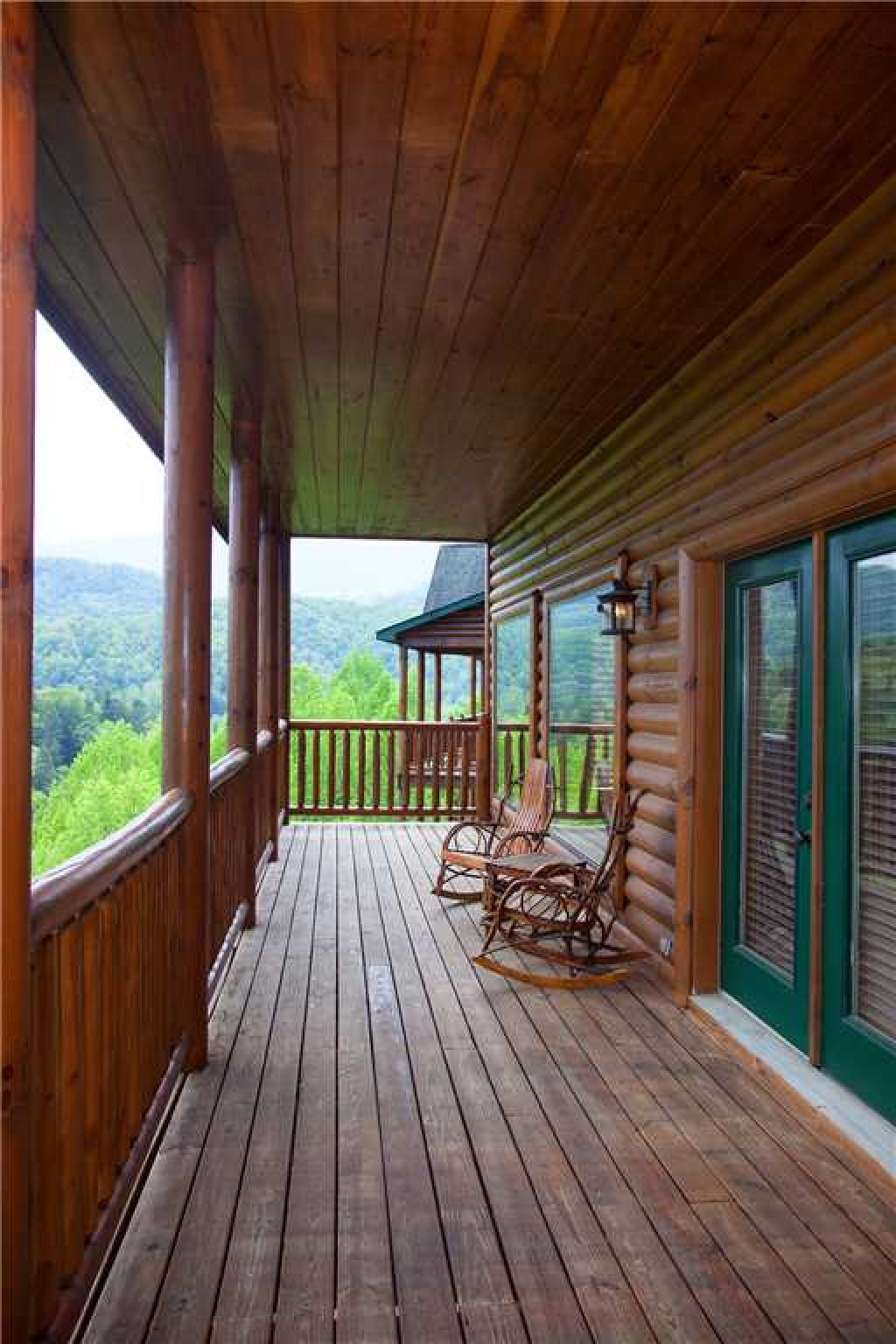 Photo of a Gatlinburg Cabin named Mama Bear - This is the thirty-first photo in the set.