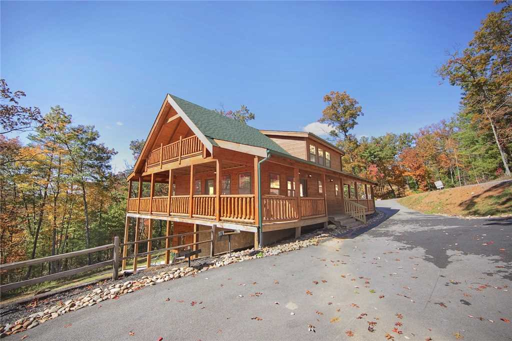 Photo of a Pigeon Forge Cabin named Peace Of Mind - This is the thirty-second photo in the set.