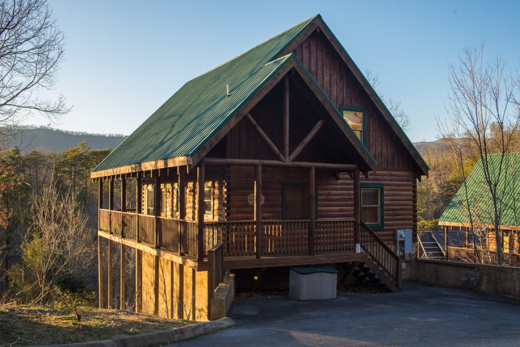 Photo of a Pigeon Forge Cabin named Raven's Nest At Sherwood Forest - This is the thirteenth photo in the set.