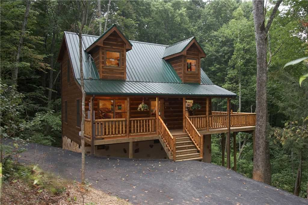 Photo of a Gatlinburg Cabin named Seasons Of The Heart - This is the first photo in the set.