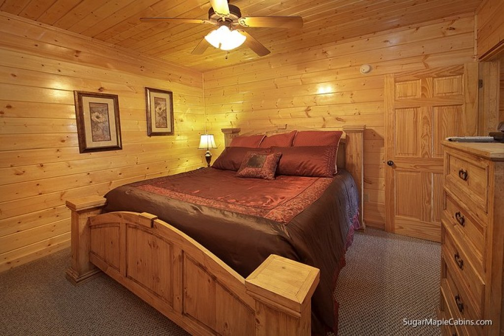 Photo of a Sevierville Cabin named Southern Charm - This is the ninth photo in the set.