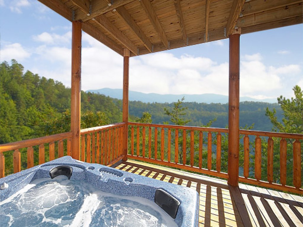 Photo of a Sevierville Cabin named Southern Charm - This is the eighteenth photo in the set.