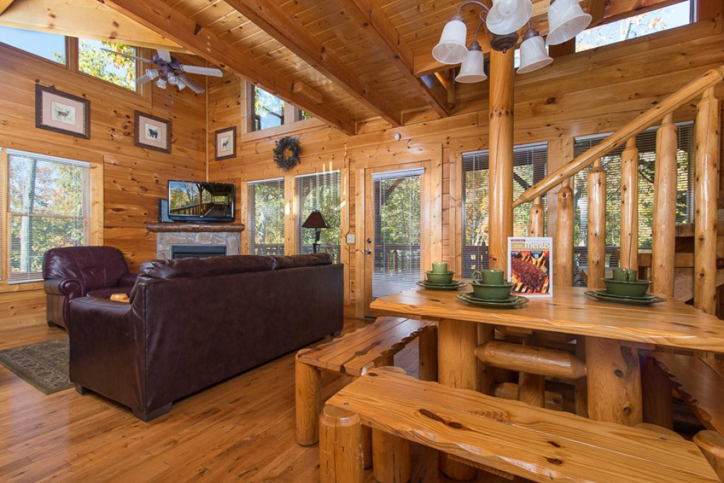 Photo of a Pigeon Forge Cabin named Second Nature - This is the first photo in the set.