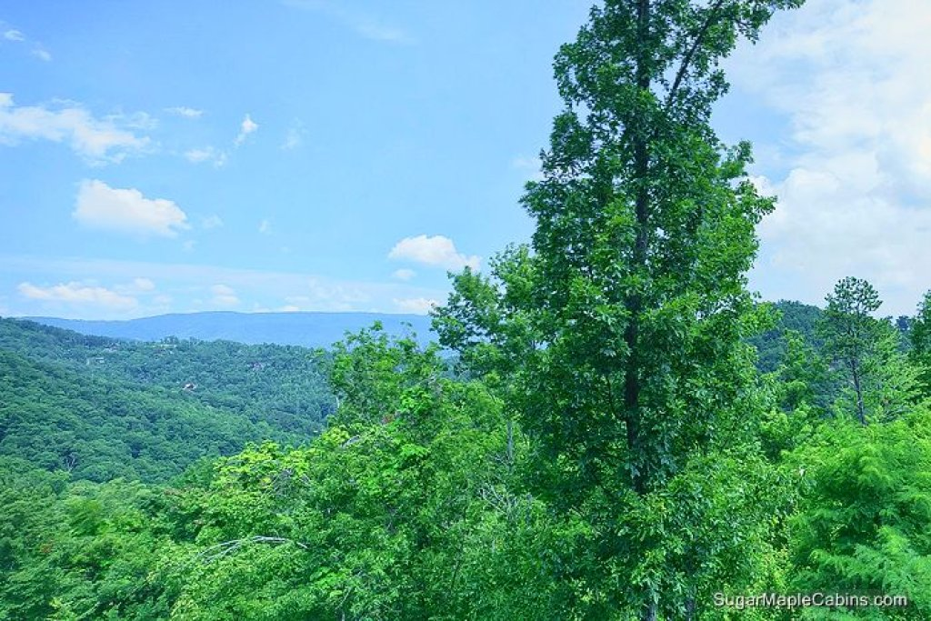 Photo of a Pigeon Forge Cabin named Nature's Paradise - This is the twenty-first photo in the set.