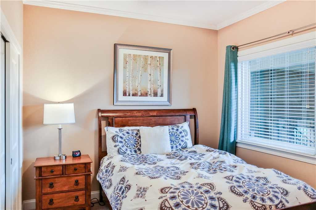 Photo of a Gatlinburg Condo named Glades View 151 - This is the nineteenth photo in the set.