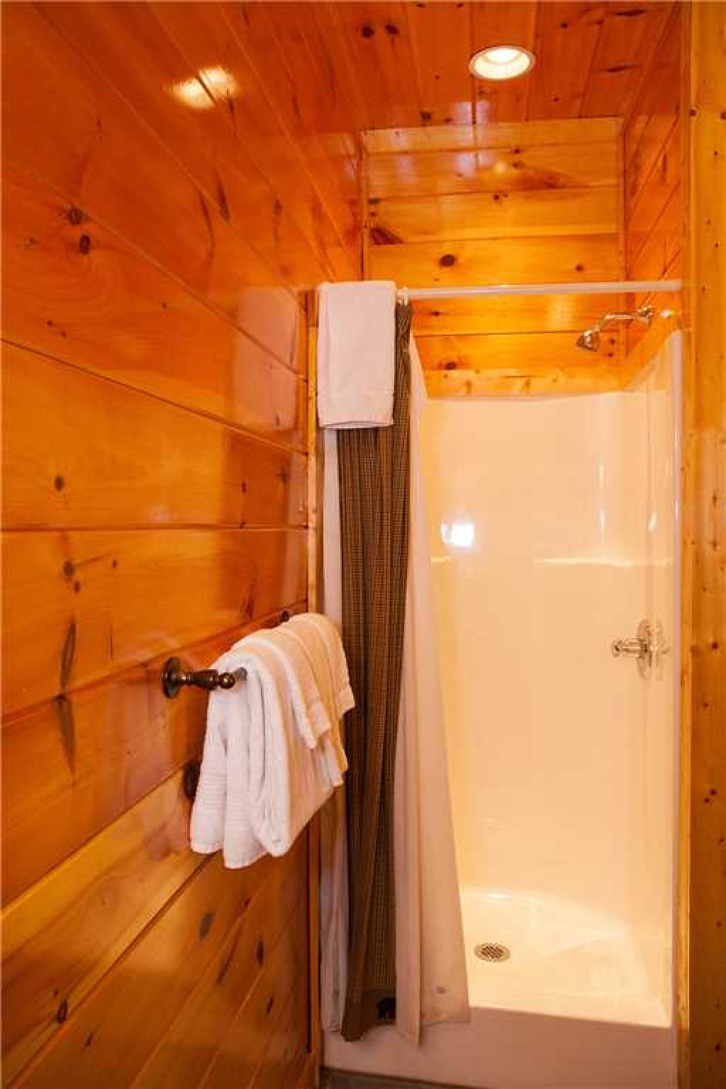 Photo of a Gatlinburg Cabin named Papa Bear - This is the twenty-seventh photo in the set.
