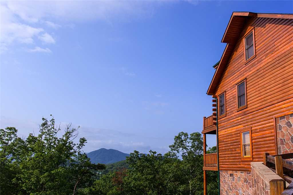 Photo of a Pigeon Forge Cabin named Majestic Sunrise - This is the thirty-first photo in the set.