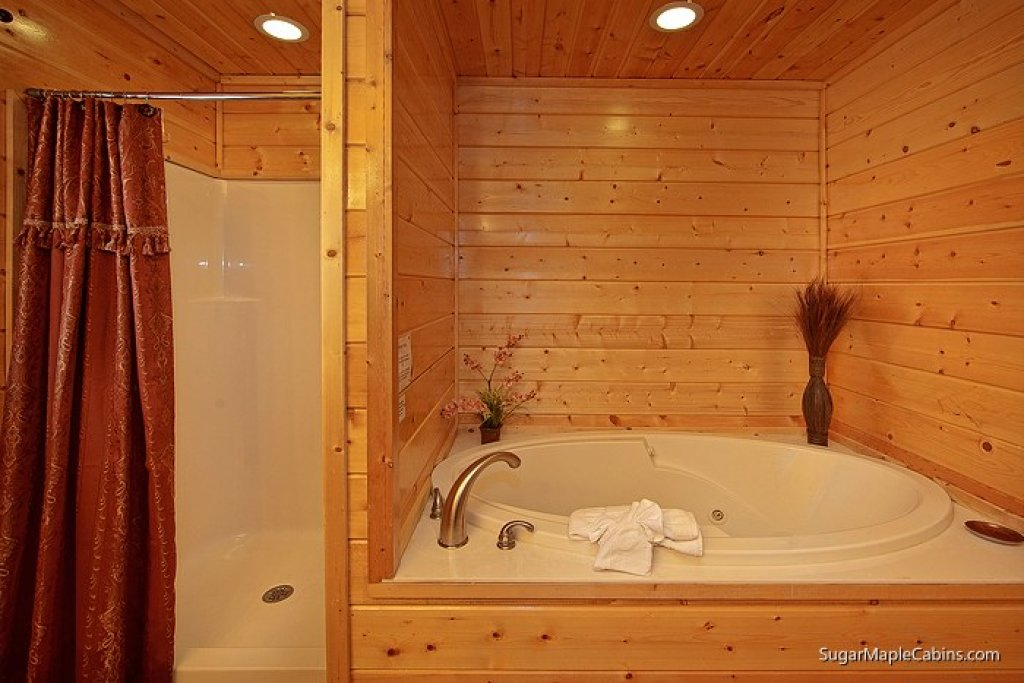 Photo of a Sevierville Cabin named Southern Charm - This is the eighth photo in the set.